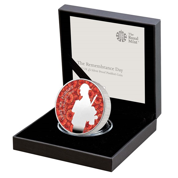 The Remembrance Day 2020 UK £5 Silver Proof Piedfort Coin